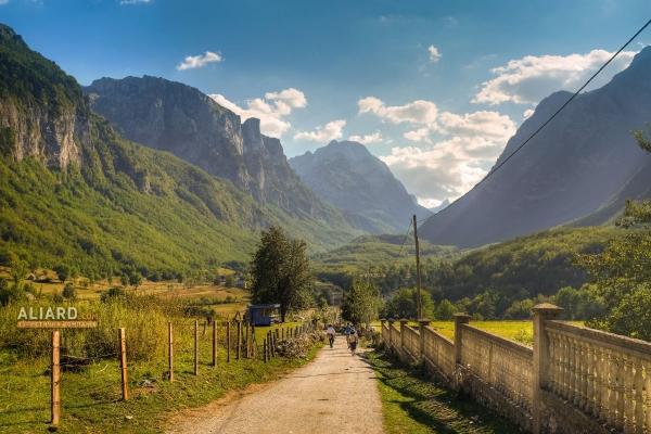 Что посмотреть в Черногории. Горячие туры в Черногорию от туристического агентства Aliard